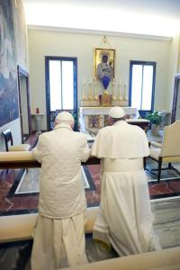 Dwaj Papieze i Czarna Madonna